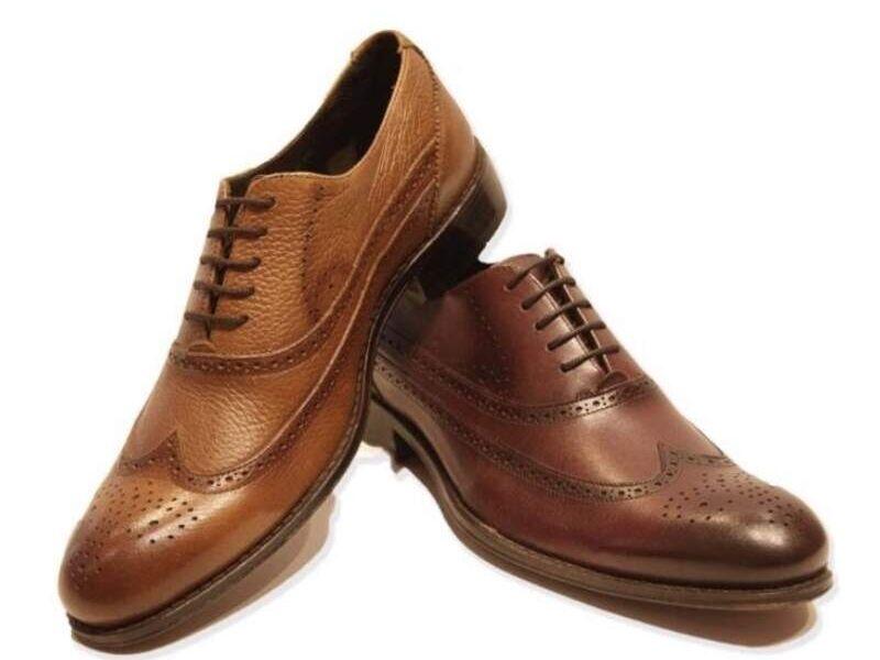 Zapatos clásicos Brogue cafés