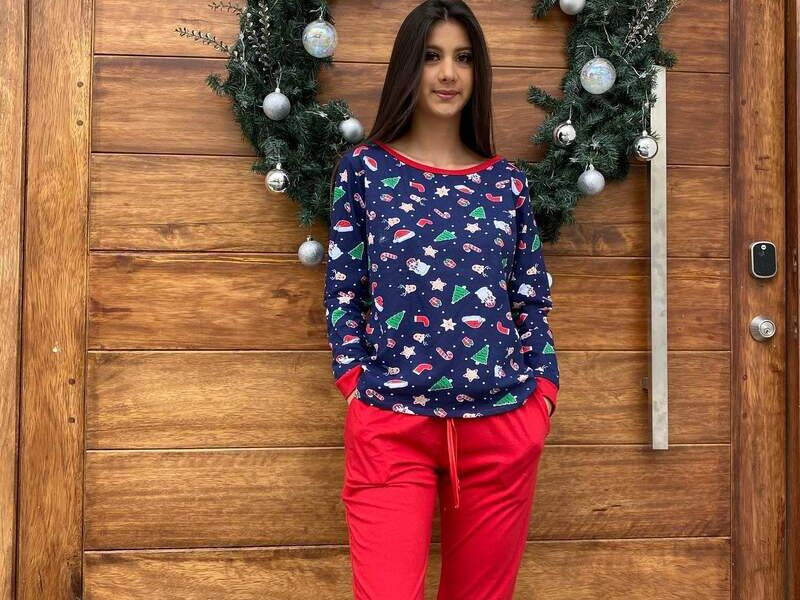 Conjunto de Pijama en Azul y Rojo