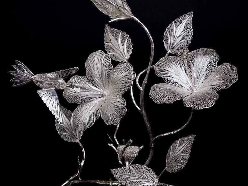Adorno Floral en plata