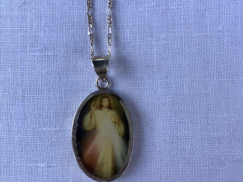 Medalla de plata Jesús Yo Confió en tí