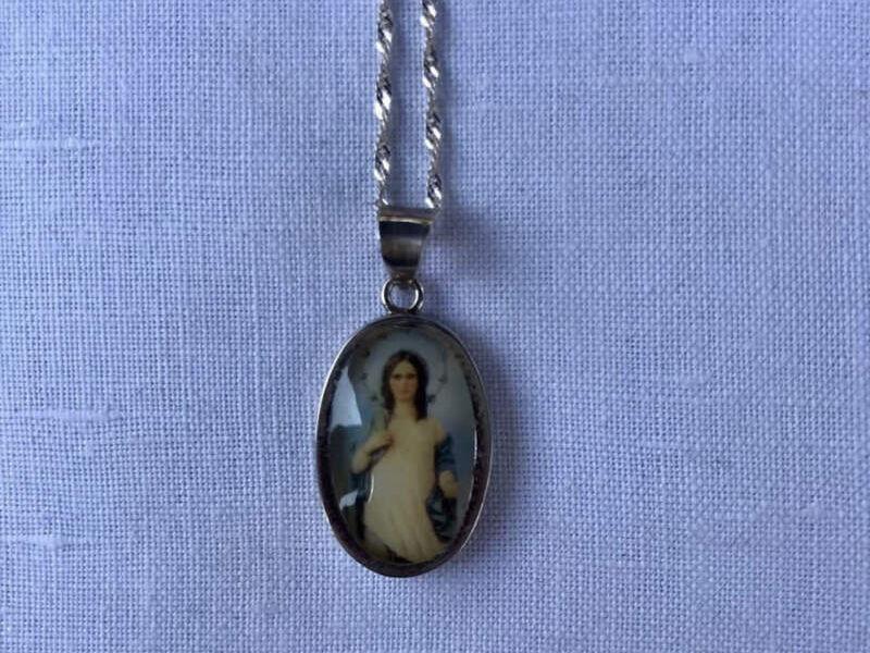 Medalla de plata Virgen
